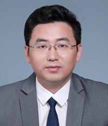 孙金山-上海知名诈骗辩护律师照片展示